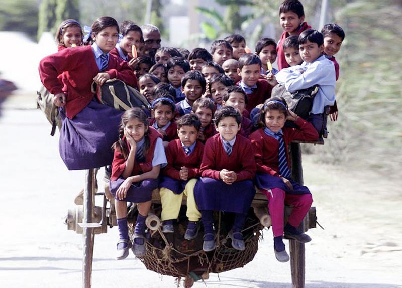 Самые опасные и невероятные дороги в школу